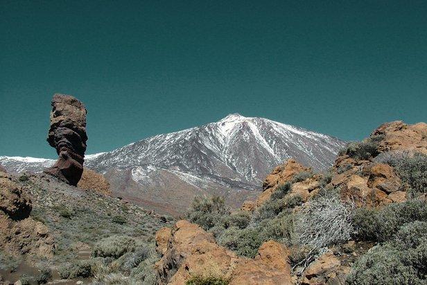 Teneriffa wartet mit skurrilen Gesteinssäulen sowie einer interessanten Flora und Fauna auf - ©pixabay.com / jordi_martos (CC0 1.0)