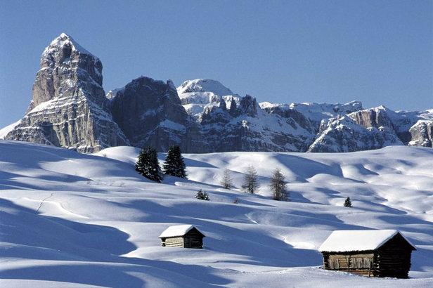 Dolomiti Superski: 12 lyžiarskych stredísk, 1200 km lyžiarskej zábavy - ©Dolomiti Superski