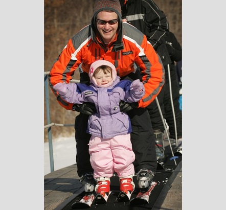 Learning to ski at Ski Snowstar.