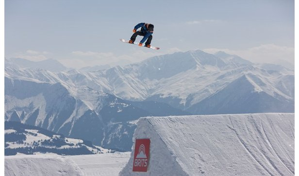 Freestyle snowboarder at the Brits 2012 in Laax