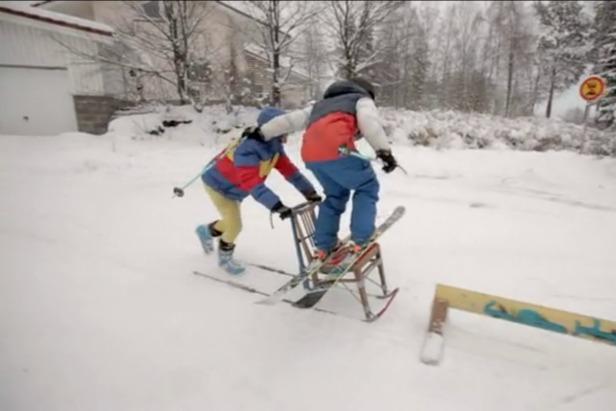 Frame fra Real Skifi Episode 8