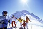 Tipps für einen sicheren Skitag: Ausrüstung, Sicherheit, Verhalten auf der Piste - ©TVB Kitzbüheler Alpen St. Johann in Tirol