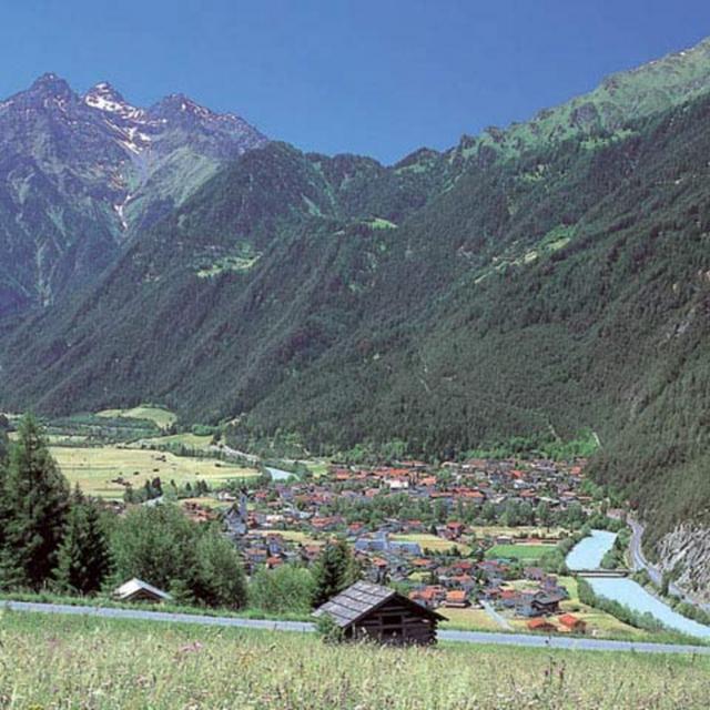 Almwanderung Tiroler Oberland: Edelweiß, zwei Almen und ein Gipfel