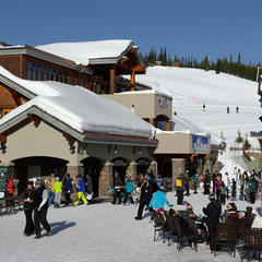 Plaza Mountain Village - ©Glennis Indreland/Big Sky Resort