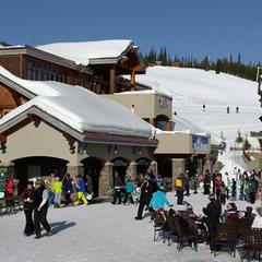 Plaza Mountain Village - ©Glennis Indreland/Big Sky Resort