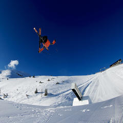 Gus Kenworthy big air - ©Atomic/Fabian Weber