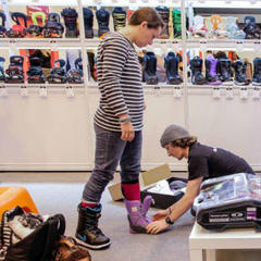 Finding ski gear from top brands at the Telegraph Ski and Snowboard Show - ©Ski and Snowboard Show