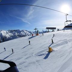 Belebte Pisten in Bansko, Bulgarien - ©Bansko Winter Resort