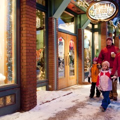 Breckenridge CO Holiday Shopping - Carl Scofield