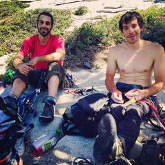 David Allfrey und Alex Honnold nach ihrer El Cap Besteigung - es war die siebte von Honnold in siebe - ©Facebook Alex Honnold