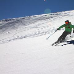 Bei besten Schneebedingungen starteten wir die Abfahrt vom Stockhorn am Rand des Findelgletschers - ©Skiinfo.de/Sebastian Lindemeyer