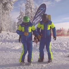 Správná rozcvička je základ - i pro lyžařské instruktory - ©SkiResort ČERNÁ HORA - PEC