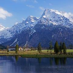 Der Almsee beim Bergsteigerdorf Grünau im Almtal. - ©Ulrich Kirchmayr