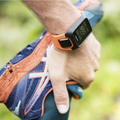 TomTom Adventurer GPS outdoor watch features