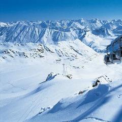 Skifahren im Herbst: Wann öffnen die Gletscher-Skigebiete? - ©Pitztaler Gletscher