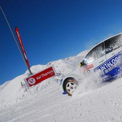Conduire sur la neige ou la glace, cela ne s'improvise pas... - ©J. Clotot / OT de Val Thorens