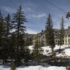 Chair 20 departs from the Cascade's very own doors.