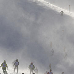 participants of the White Thrill race at Arlberg competing for the highest ranks.