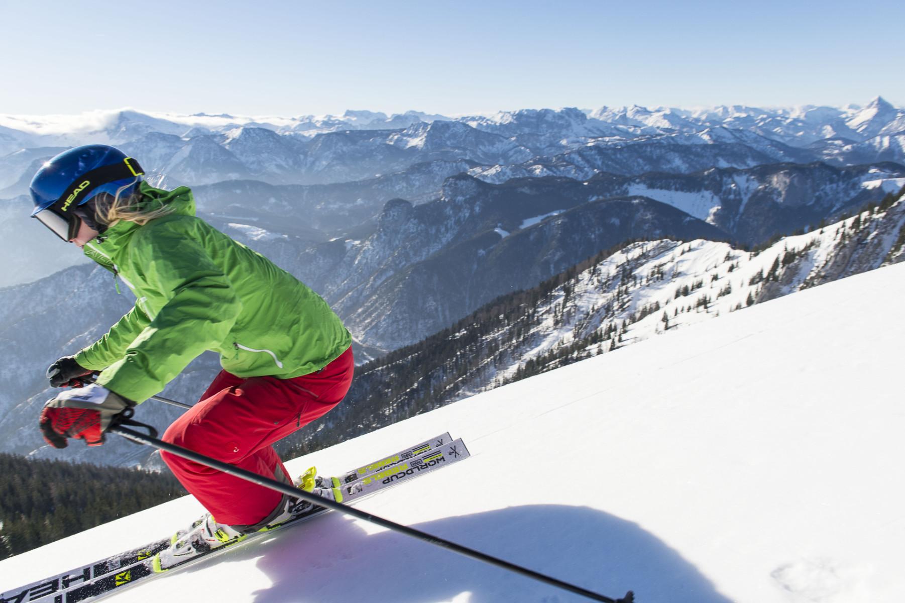 Toto najvyššie položené lyžiarske stredisko Dolného Rakúska je známe svojou  legendárnou zárukou dobrých snehových podmienok. Vo vzdialenosti len 240 km  od ... 507ed63f64b