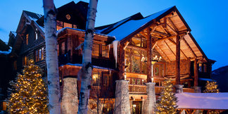 Whiteface Lodge: Stay in the Lap of Ski Luxury ©Whiteface Lodge