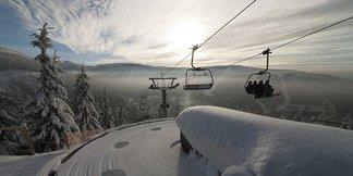 Raport śniegowy: polskie, czeskie i słowackie ośrodki masowo otwierają sezon - ©Špindlerův Mlýn facebook