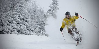 Season Pass Discounts for College Students in the Northeast - ©Mont Tremblant