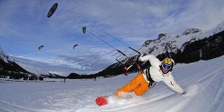 Snowkiting, czyli surfing na nartach lub desce – najlepsze miejscówki w Europie ©Norbert Eisele-Hein