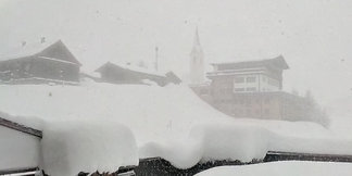Sneeuwbericht: Hoezo lente? Massa's verse sneeuw in de Alpen - ©Facebook Warth-Schröcken