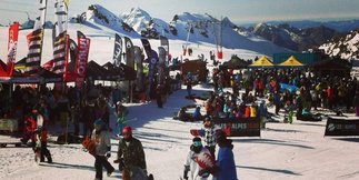 Les 2 Alpes opens skiing for October half term - ©Les 2 Alpes