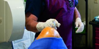 Stem Cell ACL: Cutting-Edge Knee Repair Sans Surgery