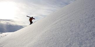 Freeride Hotspots in den Alpen: Zehn Top-Gebiete für Freeskier ©Sedrun Disentis Tourismus