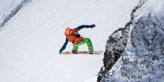 Freeride World Tour Kitzbüheler Alpen staged in Andorra