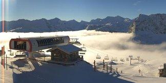 Pierwszy śnieg we Francji - zdjęcia z ośrodków narciarskich