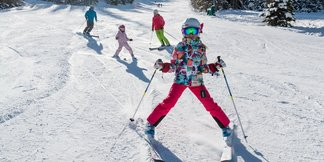 Families Save Big Learning to Ski/Ride in Jan. - ©Deer Valley Resort