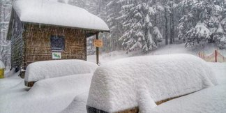 Huge snowfall in Czechia - © facebook SKiResort ČERNÁ HORA - PEC