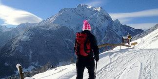 Łatwe skitury w dolinie Zillertal: 3 trasy w okolicy Mayrhofen i Hippach - ©Stefanie Eder