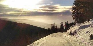 Snehové správy: Lyžuje sa za nižšie ceny. A bude aj snežiť! - ©SkiResort Č. hora - Pec | facebook