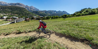 A la découverte du Bike Park de Val d'Allos ©R. Palomba / Office de tourisme du Val d'Allos