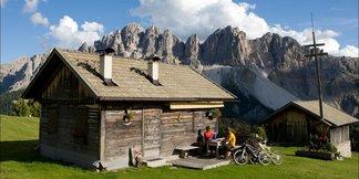 Vacanze & Mountain bike: Pedalare nelle Dolomiti  - ©www.dolomitisupersummer.com