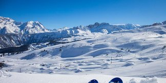 Snowcast for our top 20 ski resorts ©Courchevel/Facebook