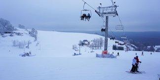 Raport z Zieleńca: sypie śnieg, warunki bardzo dobre ©Zieleniec Ski Arena