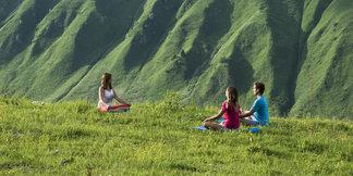 La Clusaz lance son 1er Festival de Yoga dans le cadre enchanteur des Aravis  ©OT La Clusaz