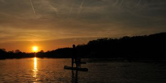 Met de Julbo Paddle op het meer van Genval ©Dimitri Papageorges/Vanessa Jansen