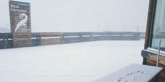 Anfang Oktober neue Schneefälle: Noch kein Skibetrieb in Sölden und am Stubaier Gletscher ©Facebook Zugspitze