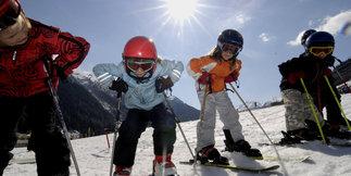 Ako správne vybrať dĺžku lyží pre deti?