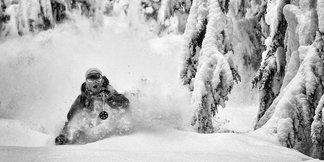 Raport śniegowy: w prognozach na weekend silne opady śniegu ©Grant Gunderson