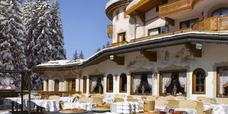 Posh Pistes: The World's Most Exclusive Ski Resorts ©Airelles