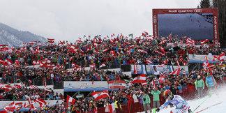 50 000 fans en folie pour acclamer Marcel Hirscher ©Alexis Boichard / Agence Zoom