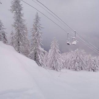 Super nevicata sulle Alpi: oltre 1 metro di neve fresca - © Domobianca Facebook