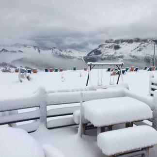 Neve ad Agosto sulle Alpi! (25-26 Agosto) - © Facebook Alta Badia